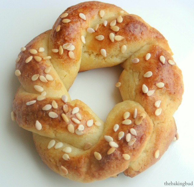 Lemon Koulourakia: Greek Easter Cookies | The Baking Bud